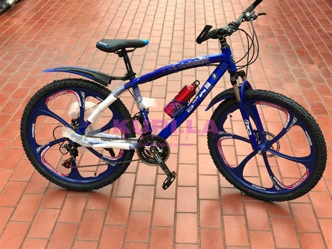 Велосипед BMW на дисках синий