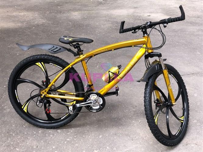 Велосипед Mercedes-Benz на дисках золотой