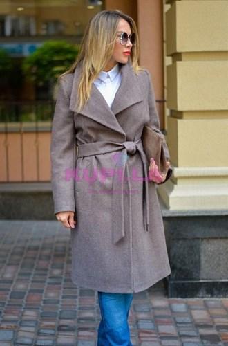Кашемировое бежевое пальто с поясом