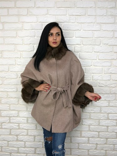 Пальто с мехом на кашемире