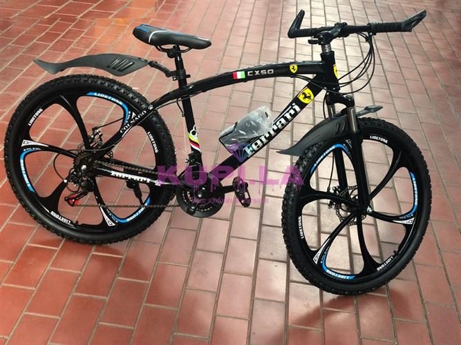 Велосипед Ferarri на дисках черный