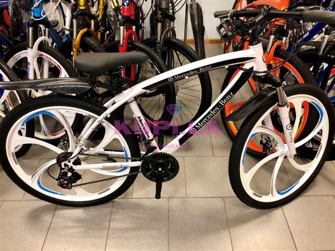 Велосипед Mercedes-Benz дисках белый